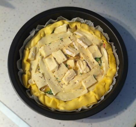 tarte poireaux façon tartiflette avant cuisson