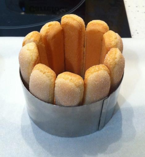 préparation CHARLOTTE FRAMBOISES
